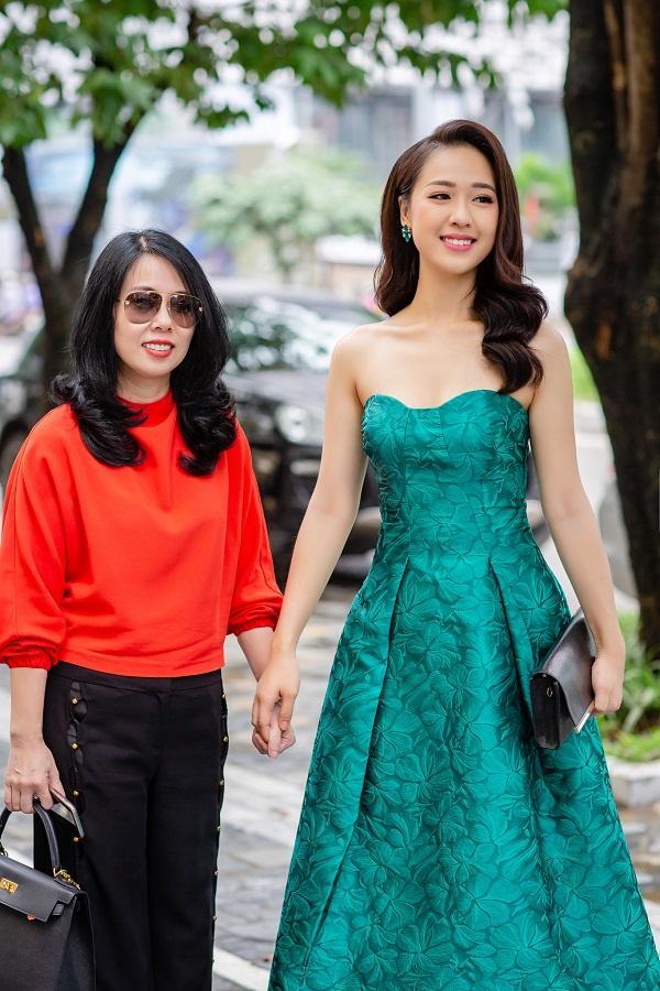 Gửi tâm thư tới con gái, mẹ đẻ top 15 Hoa hậu Việt Nam hối hận vì đã chủ mưu khiến con nặng tới 83 kg-3