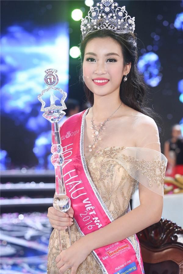 Ngắm lại thời khắc đăng quang của dàn Hoa hậu Việt Nam từ năm 1992 mới thấy nhan sắc Trần Tiểu Vy không phải dạng vừa-3