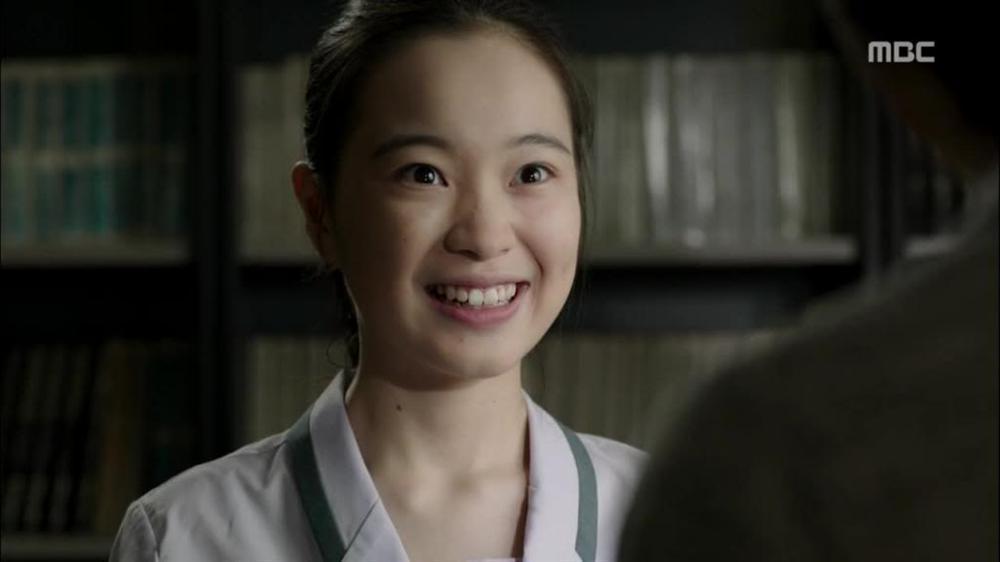 Nhan sắc trái ngược của sao nhí Nàng Dae Jang Geum: Người dậy thì thành công, kẻ kém xinh mờ nhạt-3