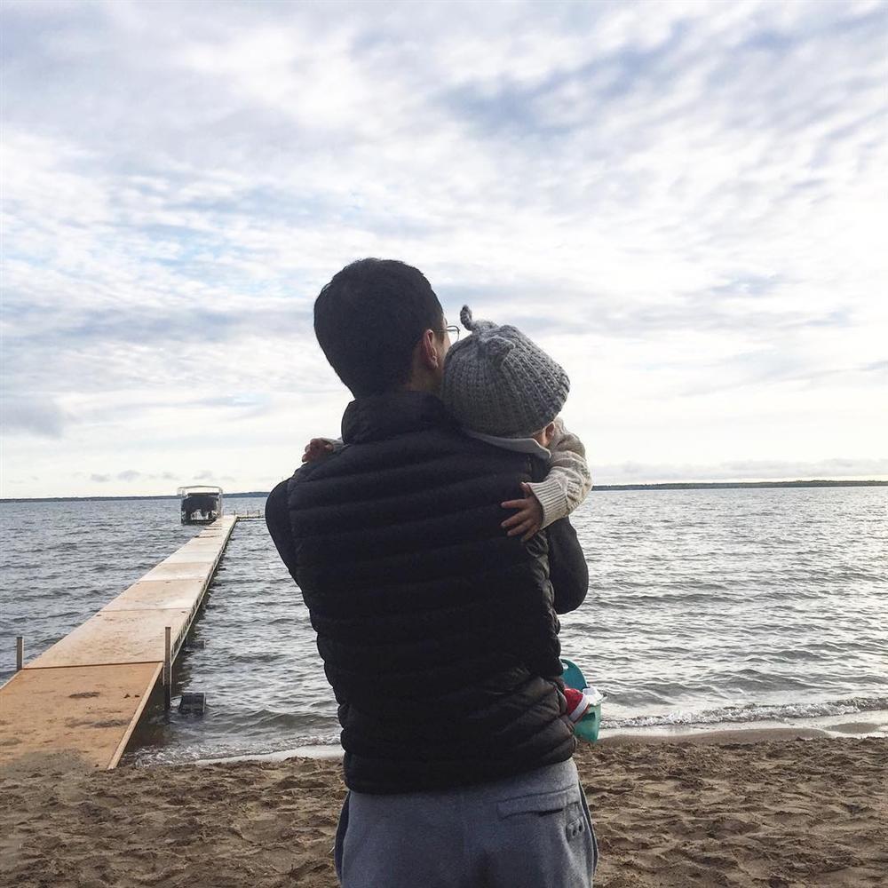 Quý tử 3 tuổi nhà Tăng Thanh Hà không ngờ bé xíu mà nói tiếng Anh đã cực kỳ chất-8