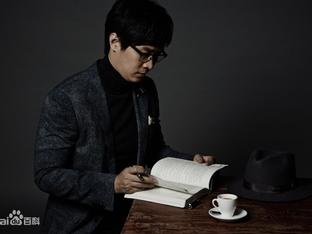 Chuyện tình lấy nước mắt vạn người của tiểu thuyết gia nổi tiếng Trung Quốc 'Vì em, anh nguyện yêu cả thế giới'