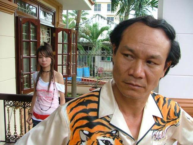 SỰ THẬT THÚ VỊ: Lão Cấn Quỳnh búp bê hóa ra mặc chung áo với Lê Thanh Chạy án suốt 12 năm-4