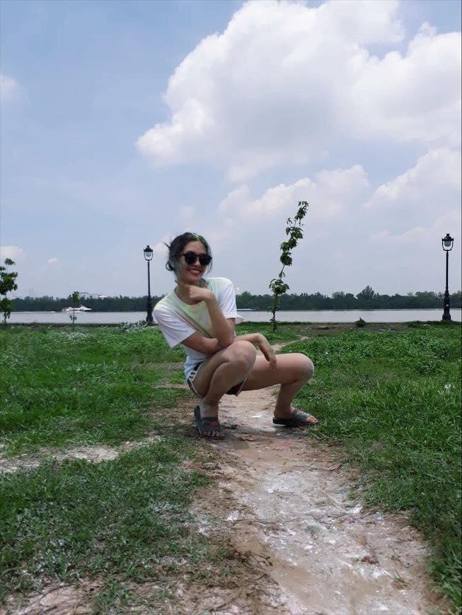 Loạt hình nhí nhảnh cá cảnh của Trần Tiểu Vy trước khi đăng quang Hoa hậu Việt Nam 2018-13