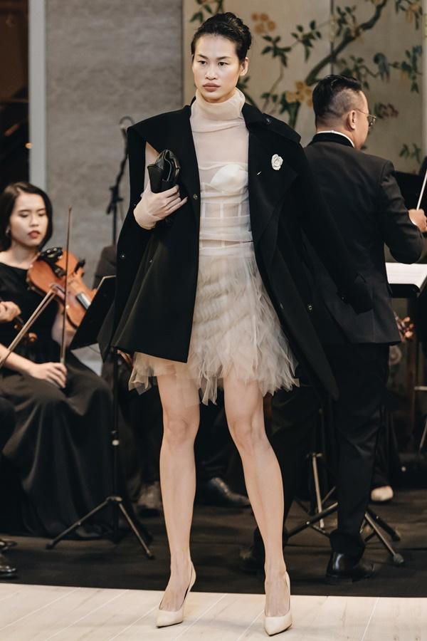 Lệ Hằng lâu lắm mới catwalk nhưng đã diễn thời trang là làm luôn vedette-9