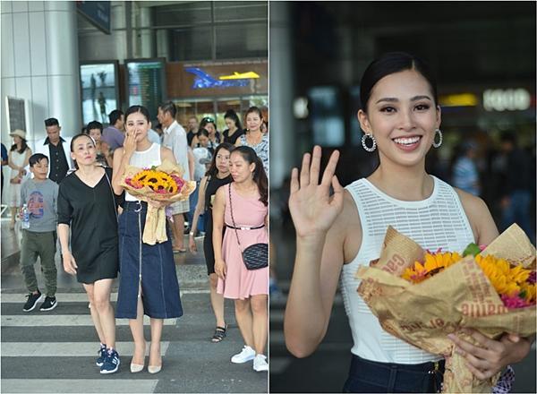 Gia đình đãi tiệc mừng đón Hoa hậu Trần Tiểu Vy ở phố cổ Hội An-7