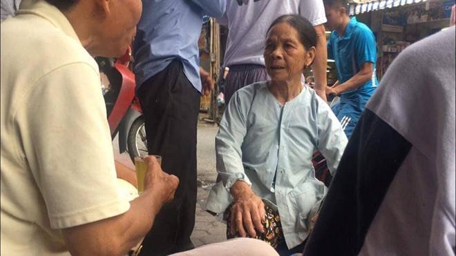 Có người nhận là mẹ của nạn nhân trong vụ cháy nhà Hiệp Khùng-1