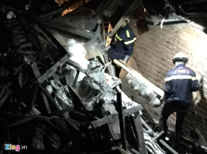 Có người nhận là mẹ của nạn nhân trong vụ cháy nhà Hiệp Khùng-2