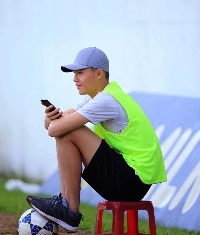 5 thủ môn Việt được ví như cực phẩm: Đẹp trai, cao không kém mẫu ảnh-7