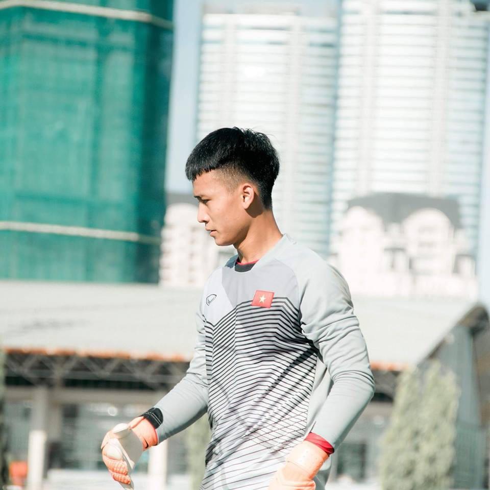 5 thủ môn Việt được ví như cực phẩm: Đẹp trai, cao không kém mẫu ảnh-10