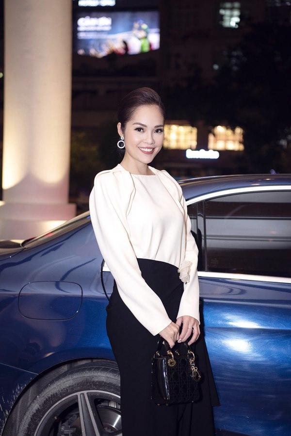 Đường tình lận đận của Dương Cẩm Lynh, cô gái từng bỏ nhà đi, tuyên bố sống chết vì yêu khi bố mẹ phản đối-8