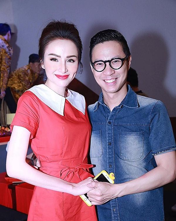 Hoa hậu Diễm Hương gây chú ý vì gương mặt khác lạ so với khi mới đăng quang-7