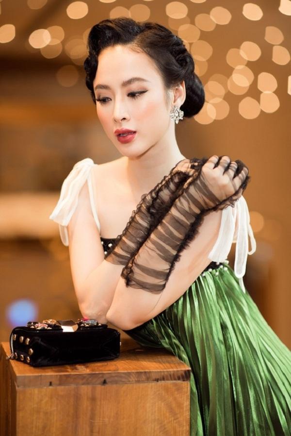 Học cách đeo găng tay sang chảnh đẹp như Lý Nhã Kỳ - Angela Phương Trinh-10
