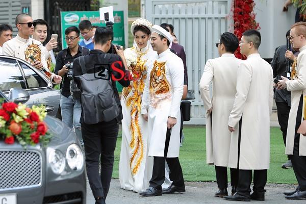 Đâu chỉ có Lan Khuê, rất nhiều mỹ nhân Việt đẹp thuần khiết khi mặc áo dài trắng trong ngày làm cô dâu-2