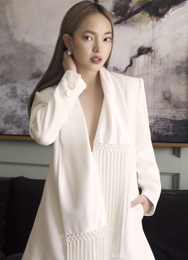 Bớt nổi loạn, Châu Bùi bỗng nhiên trở thành cô gái sở hữu thần thái sang chảnh khiến giới trẻ phát cuồng-5