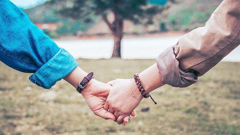 Nhìn thấy cổ tay của con dâu tương lai, mẹ nói một điều khiến tôi do dự cưới-2