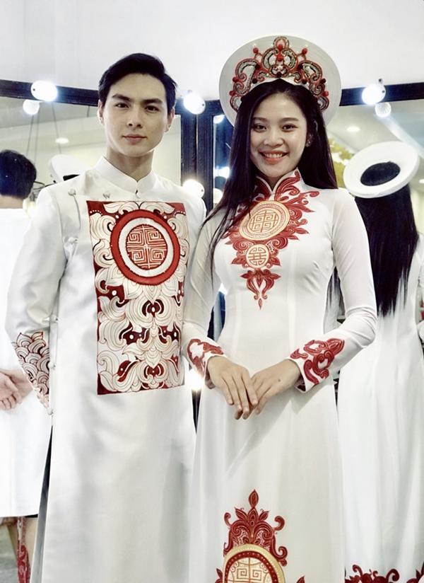 Đâu chỉ có Lan Khuê, rất nhiều mỹ nhân Việt đẹp thuần khiết khi mặc áo dài trắng trong ngày làm cô dâu-5