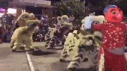 Clip hot mùa Trung thu: 5 anh em SIÊU LÂN nhảy múa cực hay trên nền nhạc 'Gangnam style' và 'Despacito'