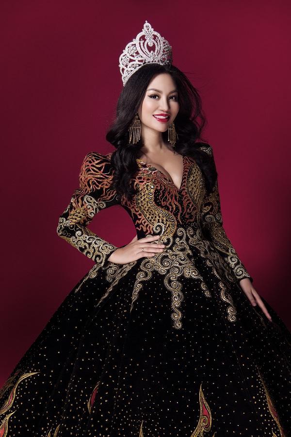 Trần Huyền Nhung tiết lộ về chiếc đầm mặc khi đăng quang-8