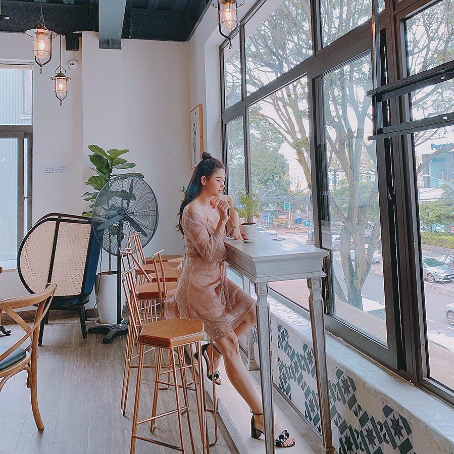 Hoa hậu Đặng Thu Thảo khoe bữa ăn rau củ đầu tiên của con gái-8