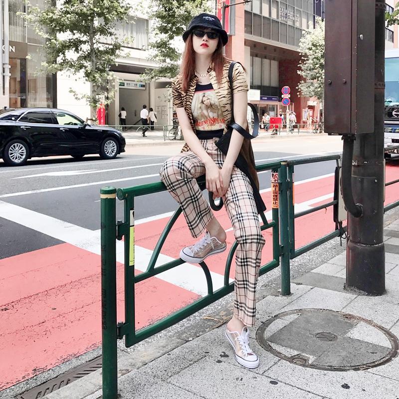 Chi Pu chất khỏi bàn - Jun Vũ khoe eo thon ngực đầy dẫn đầu sao mặc street style đẹp nhất tuần qua-8