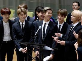 BTS gây sốt khi phát biểu tại Liên Hợp Quốc:  'Hãy nói lên chính con người của mình'
