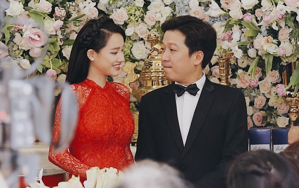 Bật mí quà cưới khủng của anh trai Trường Giang tặng vợ chồng nam danh hài ai nhìn cũng xuýt xoa-1