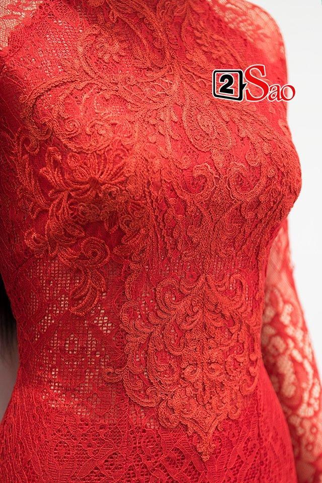 Cận cảnh bộ áo dài đỏ khác biệt của Nhã Phương trong lễ ăn hỏi tràn ngập màu trắng-2