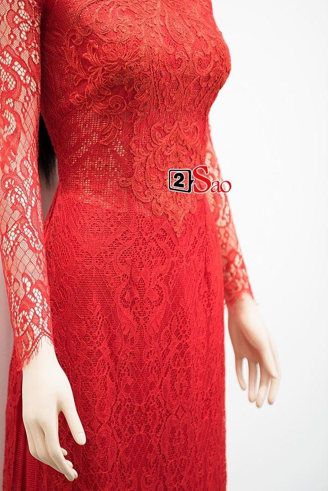 Cận cảnh bộ áo dài đỏ khác biệt của Nhã Phương trong lễ ăn hỏi tràn ngập màu trắng-4
