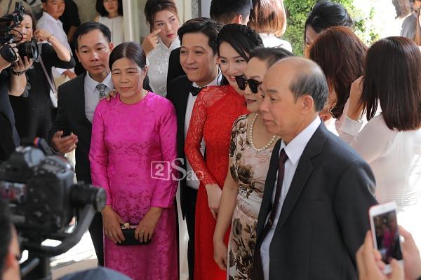 Bật mí quà cưới khủng của anh trai Trường Giang tặng vợ chồng nam danh hài ai nhìn cũng xuýt xoa-3