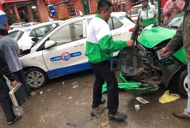 Con nghiện lái xe gây tai nạn liên hoàn nhiều người thoát chết-1