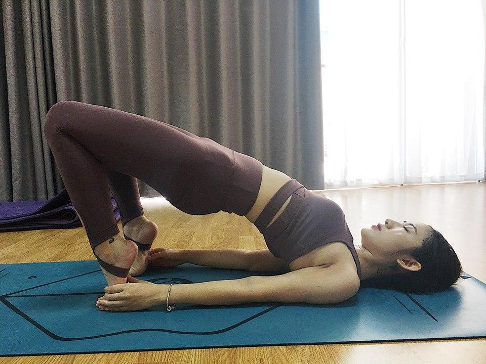 Chỉ là tập yoga Trang Cherry cũng khiến người xem hết hồn với âm thanh phát ra từ clip-1