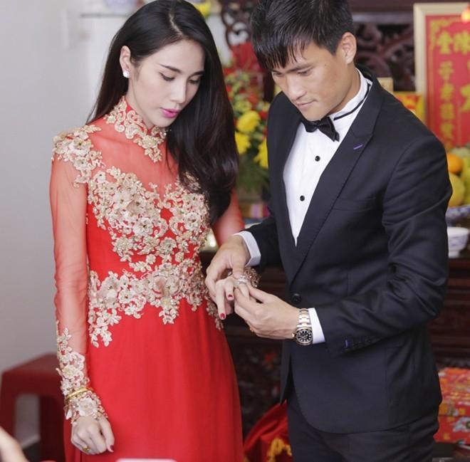 Muốn đẹp xuất sắc trong ngày ăn hỏi, hãy chọn áo dài đỏ như Nhã Phương - Hà Tăng - Đặng Thu Thảo-7