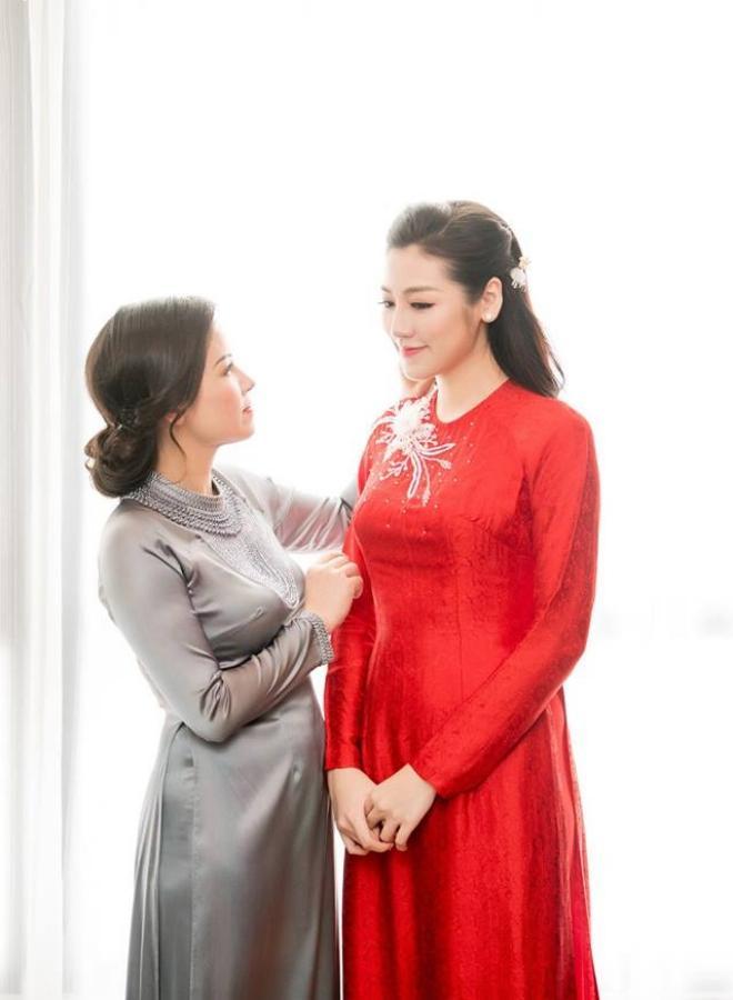Muốn đẹp xuất sắc trong ngày ăn hỏi, hãy chọn áo dài đỏ như Nhã Phương - Hà Tăng - Đặng Thu Thảo-3
