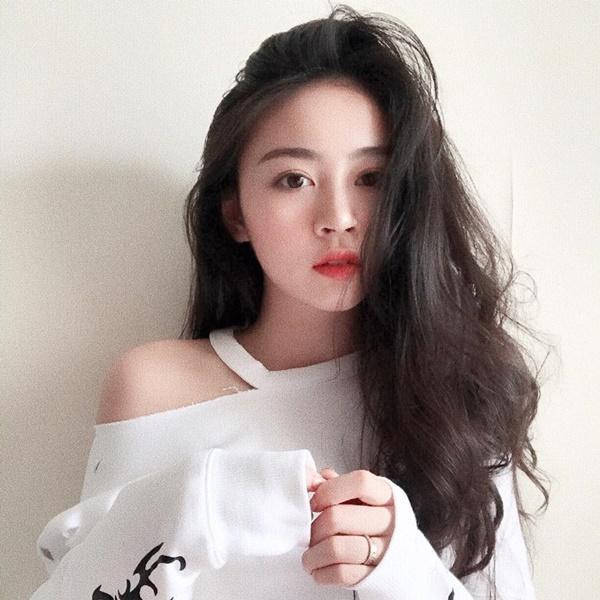 4 du học sinh Việt xinh đẹp, nổi bật không kém hot girl-11