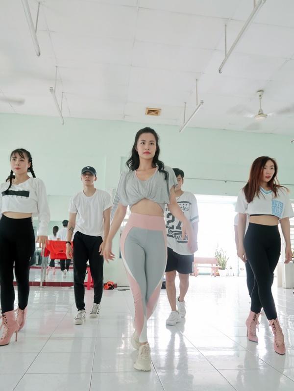 Đông Nhi sẽ trở thành đại diện Việt Nam duy nhất tham dự ASEAN - Japan Music Festival 2018 tại Nhật Bản-6