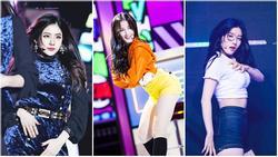 10 thần tượng Kpop sinh năm 2000 sở hữu vẻ đẹp sắc sảo, quyến rũ