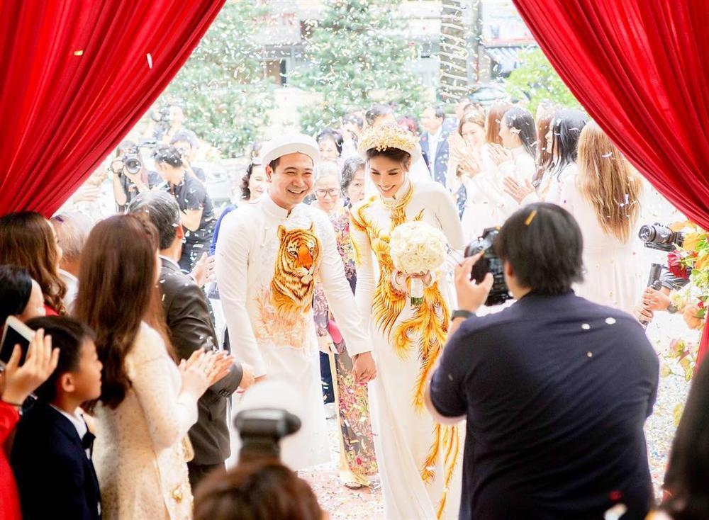 Hồng Nhung tái xuất rạng rỡ khi nhan sắc bị chê xuống cấp sau ly hôn-4