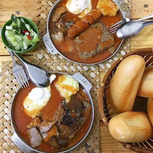Dạo quanh chợ Nghĩa Tân có đủ món ăn ngon - bổ - rẻ không quá 50 nghìn đồng-1