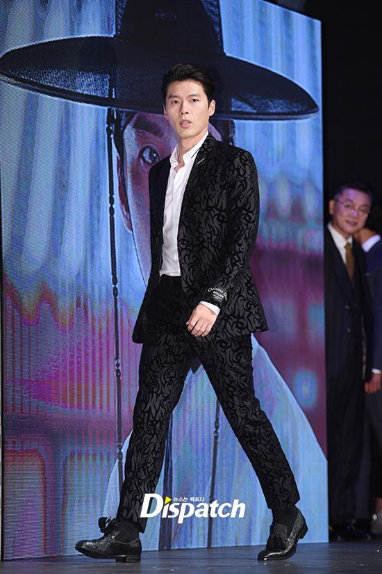 U50 Jang Dong Gun đẹp không kém cạnh khi đứng chung khung hình với U40 Hyun Bin-9