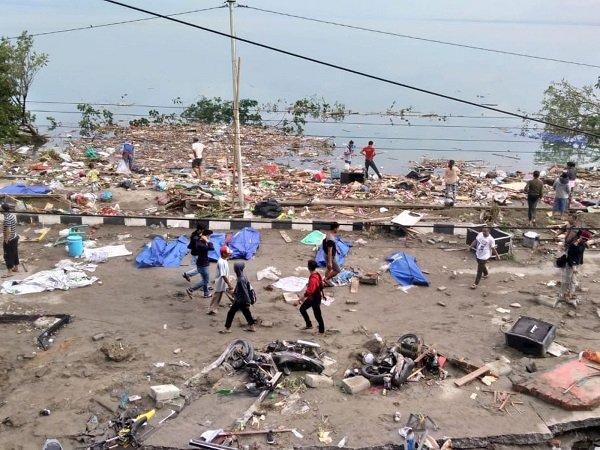 Hàng chục người thiệt mạng vì động đất, sóng thần tại Indonesia-2