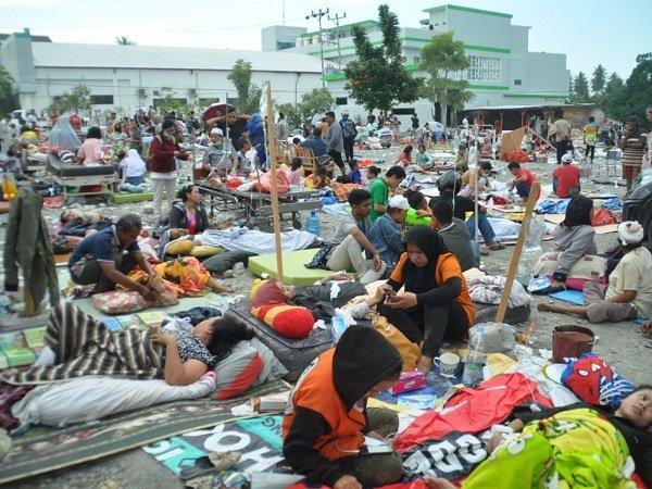 Hàng chục người thiệt mạng vì động đất, sóng thần tại Indonesia-3