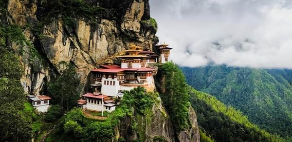 Tiếc ngẩn ngơ nếu bỏ qua cơ hội khám phá Bhutan - quốc gia hạnh phúc nhất thế giới-1