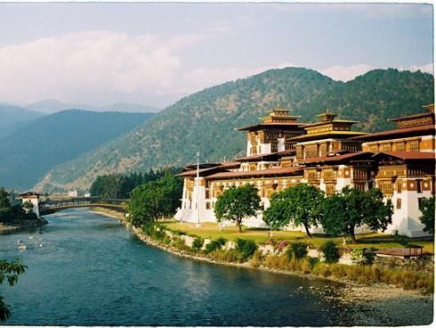 Tiếc ngẩn ngơ nếu bỏ qua cơ hội khám phá Bhutan - quốc gia hạnh phúc nhất thế giới-5