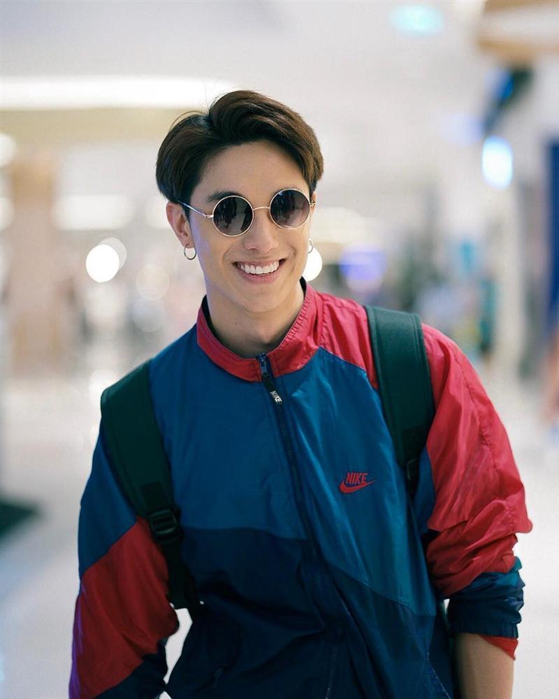 Hot boy Thái Lan body 6 múi, mắt một mí điển trai như sao Hàn-1