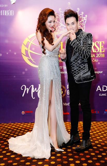 Cận cảnh gương mặt nhọn hoắt như phù thủy của Hoa hậu Diễm Hương sau nghi án phẫu thuật thẩm mỹ-4