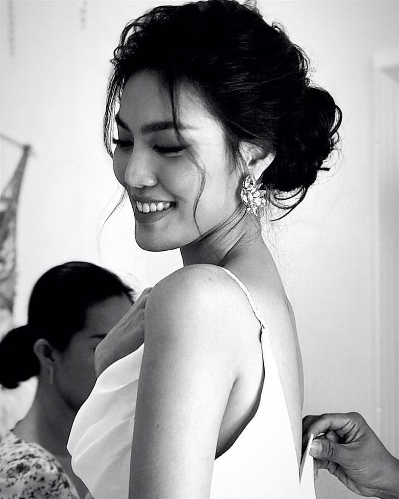 4 ngày trước đám cưới, doanh nhân Tuấn John khoe ảnh tình bể bình với Lan Khuê tại Paris-5
