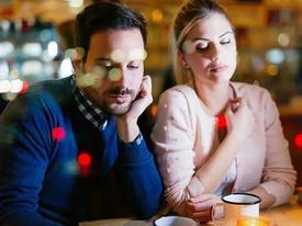 Các chòm sao thường xuyên kết hợp chuyện hẹn hò với công việc khiến 'gấu' giận lên giận xuống