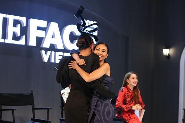 Võ Hoàng Yến chê Minh Hằng thậm tệ tập đầu The Face: Không được học bảo sao catwalk xấu thế-10