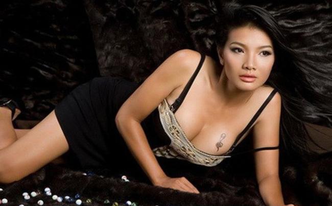 Vẻ sexy khó cưỡng của những mỹ nữ đóng cảnh nóng bạo nhất Việt Nam-20