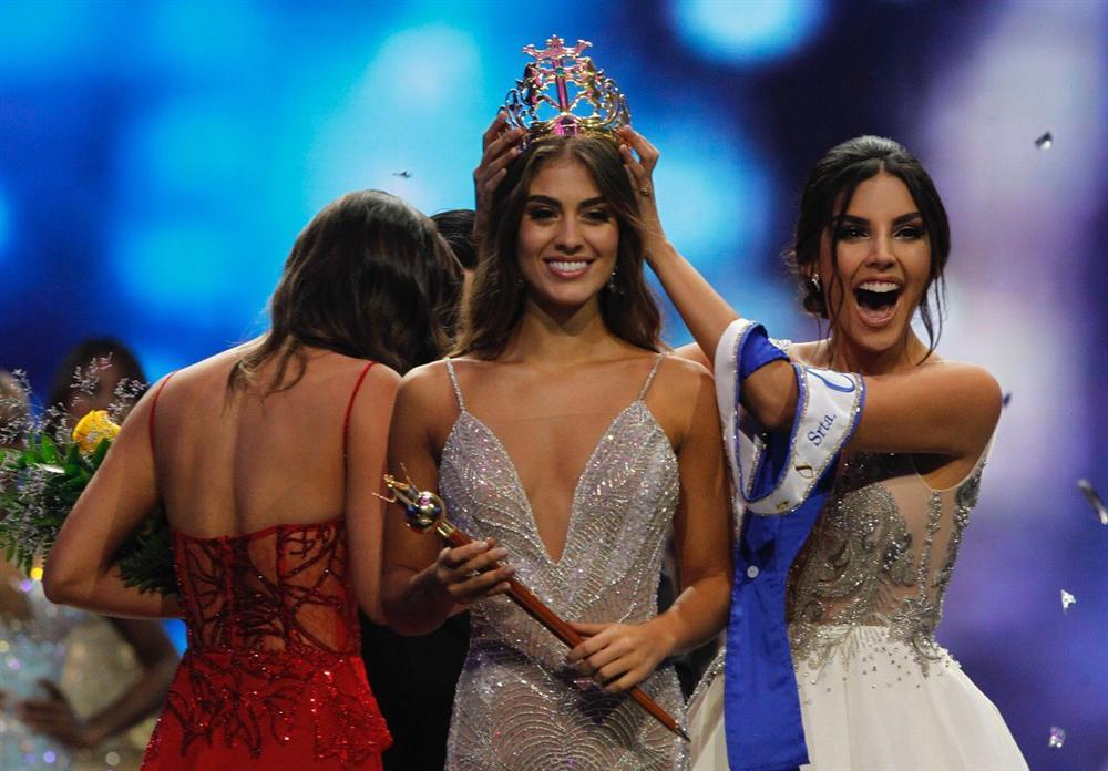 Nhan sắc chim sa cá lặn, Hoa hậu Colombia gây áp lực lớn cho HHen Niê và dàn thí sinh Miss Universe 2018-1